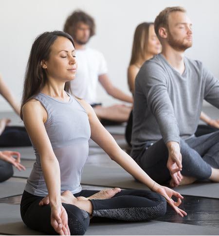 yoga classes  kaitlyn vittozzi